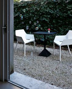 http://idesignme.eu/2012/03/mem-chair/ #chair #design #white #home