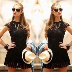 Vestido de crochet tejido a mano por artesanos cubanos y sombrero Panamá! #arte #artelocal #hechoamano #estilo #modalocal #comerciojusto #ayudanosaayudar #trend #cuba #boho #bohemianstyle #trendy #crochet #panamahat  Hand knitted crochet dress by cuban artisans and Panama hat! #localstyle #localartist #style #fairtradefashion #trend #origen #cuba #treasuresoftheworld #shoplocal #helpingothers #like4like #followme #outfitoftheday #knitteddress #madewithlove #bohochic #bohostyle…