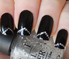 Il Mio Beauty Case: [The Rainbow Ladies 2.0] Black & White - B&W Mani