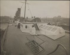 Cunard Line LUSITANIA Second Class deck space looking forward, Byron & Co. photo