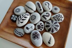by Sabine Ostermann Pebble Painting, Pebble Art, Stone Painting, Pebble Stone, Stone Crafts, Rock Crafts, Arts And Crafts, Rock Painting Designs, Paint Designs