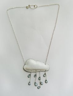 Would love to make this for the girls, but add a rainbow!!! Rainy Necklace - DIY Idea