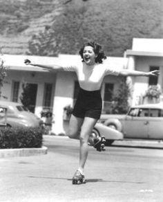 Anne Gwynne 1940s.