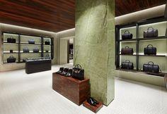 GIVENCHY_uomo_negozio_MARAIS_Parigi_03