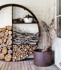 The Unearthed Wood Stacker – Designed in Australia. Made in Melbourne. Loved around the world. The Wood Stacker is firewood storage to satisfy the org… - Alles über den Garten Wood Pallet Planters, Firewood Storage, Interior Garden, Interior Design, Repurposed Wood, Into The Woods, Outdoor Entertaining, Wood Design, Custom Design
