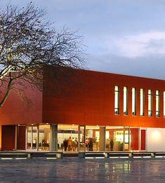 Het Staf Versluys centrum in Bredene