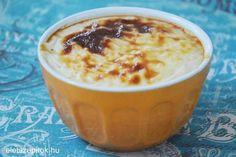 Ínycsiklandó török desszert: sült tejberizs | Szépítők Magazin Sweet Breakfast, Pudding, Food, Custard Pudding, Essen, Puddings, Meals, Yemek, Avocado Pudding