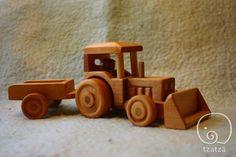 Tracteur jouet en bois par tzatzastudio sur Etsy