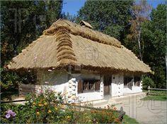 Traditional-Ukrainian-House-1040857.jpg (450×337)
