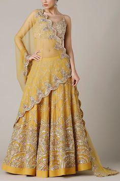 Indian Fashion Dresses, Fashion Outfits, Fashion Clothes, Indian Wedding Outfits, Indian Outfits, Heavy Lehenga, Floral Lehenga, Indian Fashion Designers, Fashion Updates