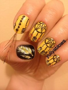 Cool Dream Catcher Nail Designs for Native American Fashion, The dreamcatcher is a handmade craft originated from the Native American culture. It was believed among the Chippewa tribe in America and the Ojibwa t. Feather Nail Designs, Feather Nails, Best Nail Art Designs, Cute Nails, Pretty Nails, Bohemian Nails, Boho, Hair And Nails, My Nails