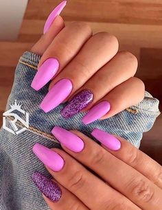 We're going to show off you here so many best styles of pink nail arts and designs for medium and long nail arts. We all know that nails have become most import Coffin Nails Designs Summer, Pink Nail Designs, Summer Acrylic Nails, Best Acrylic Nails, Summer Nails, Cute Pink Nails, Pink Nail Art, Pretty Nails, Coral Nails