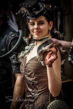 AnniePottersville • frau-doktor: Photos from Steampunk invasion at...