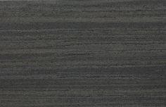 Keramik - Zebrato grigio Kratzfeste Keramikbeschichtung auf der Innen- oder Aussenseite der Eingangstüre - Modern, originell und unverwüstlich.   Fenster-Schmidinger aus Gramastetten in Oberösterreich - Ihr Ansprechpartner in OÖ für Pieno® Haustüren.   #Keramik #Eingangstüren #Haustüren #Doors