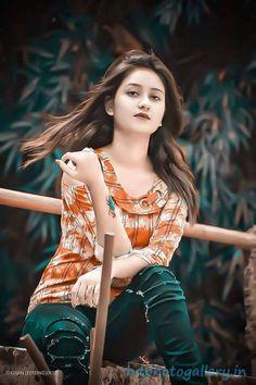Stylish Couple, Stylish Girls Photos, Stylish Girl Pic, Cool Girl Pictures, Girl Photos, Ram Photos, Nature Pictures, Beautiful Girl In India, Beautiful Girl Photo