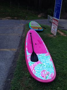 Love, love this Lilly paddleboard.  Would make going out on Kailua beach a joy!