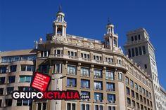 Ronda Universitat, Barcelona. Grup Actialia ofrece sus servicios en Barcelona: Diseño web, Diseño gráfico, Imprenta y Rotulación. www.grupoactialia.com