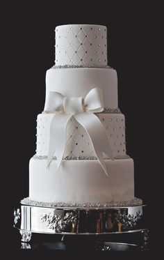 White Wedding Cakes Offering sophisticated wedding cakes for the most discerning of brides at The Ritz-Carlton, Charlotte. Princess Wedding Cakes, Bling Wedding Cakes, Wedding Cakes With Cupcakes, White Wedding Cakes, Elegant Wedding Cakes, Beautiful Wedding Cakes, Wedding Cake Designs, Beautiful Cakes, Amazing Cakes