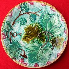 The majolica plate has beautiful strawberries, little blue flowers and green leaves on a cream white background. A great French majolica plate.It is unmarked, possibly made by Luneville or Onnaing. English Pottery, Carlton Ware, Vine Leaves, 10 Picture, Victorian Decor, Ceramic Art, French Antiques, Blue Flowers, Decorative Accessories
