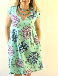 Aqua Double Gauze Washi Dress — Made by Rae - - Another Washi Week Washi for you today, just in time for you to sew your own this weekend!If you want to make absolutely the most comfortable Washi Dress in the. Sewing Clothes Women, Diy Clothes, Clothes For Women, Tent Dress, Diy Dress, Gauze Dress, Clothing Patterns, Dress Patterns, Sewing Patterns