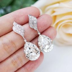 Bridal jewelry for Weddings, Brides, Bridesmaids, FlowerGirls to Everyday Wear Jewelry ranging from Earrings, Necklaces, Bracelets, Jewelry sets, Hair comb accessories and Personalized Jewelry