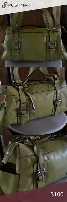 Fossil handbag Lme green handbag new without tags side pocket zipper inside zip to close measures 13 across by 9 never used Fossil Bags