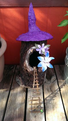 Fairy Tree House from old hollow log. Dinosaur Garden, Fairy Tree Houses, Gnome Garden, Small Gardens, Faeries, Gnomes, Ladder, Backyard, Bird