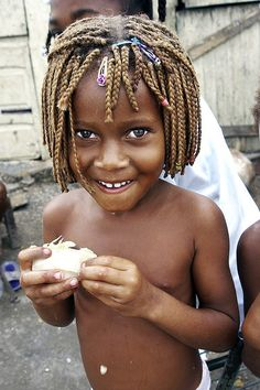 Dominican girl in slums of SPM.....by Glosack , flickr