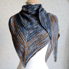 This shawl is meant to be knit by any knitter, from the adventurous beginner to the advanced knitter looking for a simple and pretty work. It's an adaptable shawl that can be made with any yarn and any yardage. Knit, purl, knit two together and yarn overs are all you need to know to create this simple and beautiful triangular shawl.Difficulty: Adventurous beginner - good introduction to lace knitting, basic stitches, reading a chart (links to tutorial included).Adaptable triangular shawl:...