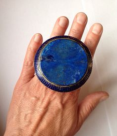 Silver enamelled Multan ring with lapis lazuli from Pakistan op Etsy,