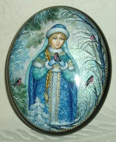 """Russian Lacquer Box Kholui """"Snow Maiden with Bullfinches"""" Miniature Hand Painted 