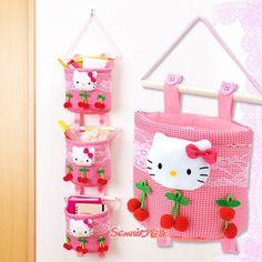 【Sanrio家族】正品正版kitty收纳袋挂袋单售-淘宝网