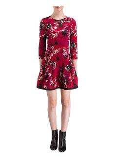 ber ideen zu taillierte kleider auf pinterest kleider shirts und rmel. Black Bedroom Furniture Sets. Home Design Ideas