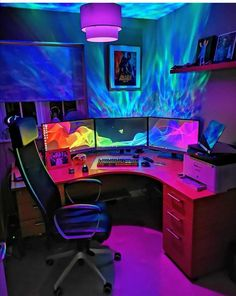 Gaming Room Cool 42 Fabulous Game Room Design Ideas To Try In Your Home. Computer Gaming Room, Gaming Desk Setup, Gamer Setup, Pc Setup, Computer Technology, Gaming Desk Lighting, Cool Gaming Setups, Computer Room Decor, Bedroom Gaming Setup