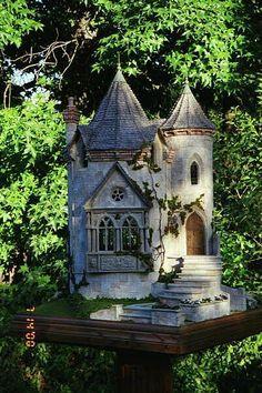 Gorgeous Castle - Rik Pierce