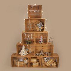 sapin de Noël original en caisses en bois- une laternative écolo