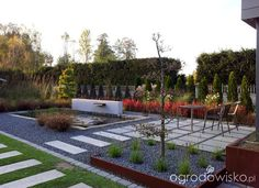 Modern garden with a strong grid arrangement designed with various materials. Small Garden Landscape Design, Contemporary Garden Design, Contemporary Landscape, Backyard, Patio, Garden Styles, Garden Art, Garden Landscaping, Bristol
