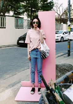 differently 27661 e8100 40+ Pink T-Shirt Street Styles Ideas