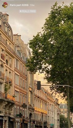 City Aesthetic, Travel Aesthetic, Pigalle Paris, Paris Ville, I Want To Travel, Living In Europe, Aesthetic Pictures, Instagram Story, Beautiful Places