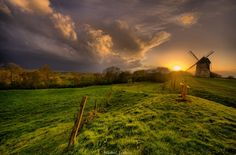 Windmill against thunderstorm....by Mickaël Lootens