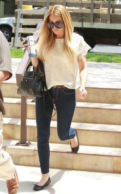 Lauren Conrad Photo - Lauren Conrad Getting Starbucks With A Friend