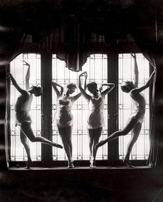 hauntedbystorytelling:  Four dancers on a window sill :: 1920′s-1930′s