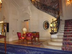 The  so very elegant Ritz Carlton, Paris.