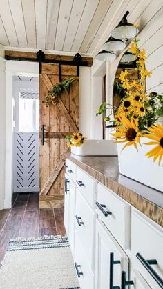 Fall Home Decor, Diy Home Decor, Cowgirl Room, Country Laundry Rooms, Home Board, Diy House Projects, Bathroom Interior Design, Minimalist Home, Kitchen Remodel