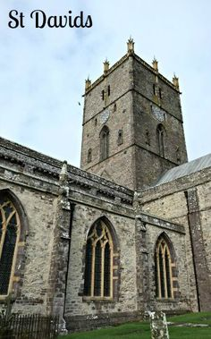 St Davids in Wales is both the smallest city in Great Britain and the peninsula on which that city is located. It's a great place for hiking. Places To Travel, Places To Go, Travel Destinations, Great Places, Beautiful Places, Europe Holidays, Place Of Worship, Vacation Spots, Great Britain