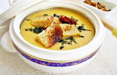 Romanian Food, Romanian Recipes, Cheeseburger Chowder, Hummus, Clean Eating, Tasty, Cooking, Ethnic Recipes, Soups