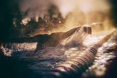 Nuotare è una delle attività che più mi fa sentire libera, l'acqua è nostra madre e dobbiamo amarla. Ti amerò sempre acqua