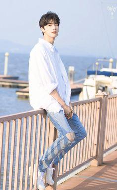 Drama - Wait my youth. Korean Boys Ulzzang, Cute Korean Boys, Ulzzang Boy, Cute Boys, Chinese Babies, Chinese Boy, Asian Actors, Korean Actors, F4 Boys Over Flowers