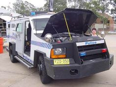 Australian Police Vehicles, New South Wales State Police unit, A Lench Special Group Bearcat Vehicle. v@e.