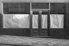 """""""Persianas cerradas: Ferrol 2014/ Blinds Drown"""" by Ana Amado (@aamadopozas). Sobre Ferrol, el """"El Detroit atlántico""""."""